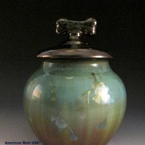 Urn for sale at American Mutt USA https://www.americanmuttusa.com
